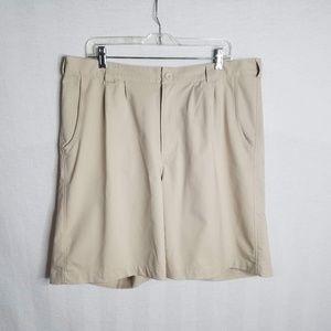 Under Armour Men's Size 38 Khaki Golf Shorts